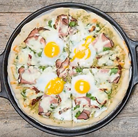 Ham and Egg Breakfast Pizza